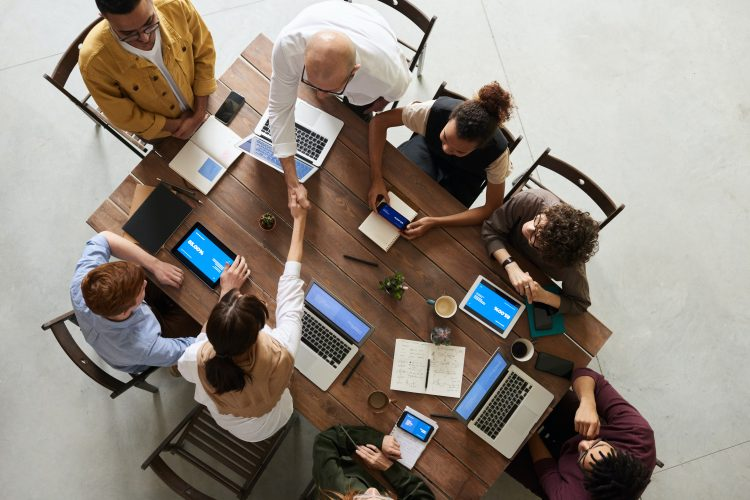 6 Smart Tips for Companies to Create Higher Engagement in Social Media